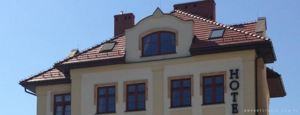 Litery podswietlane Hotel Arte Brzeg-Advert