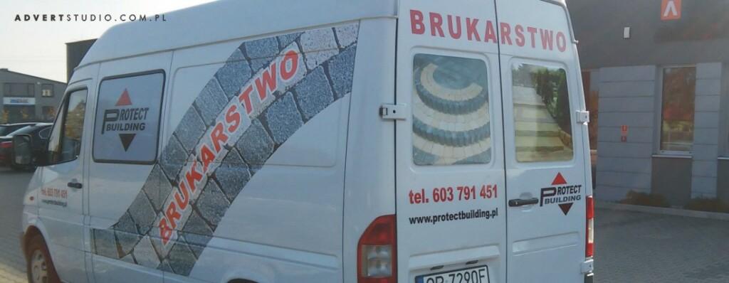 oklejenie samochodu dostawczego dla firmy brukarskiej - advert reklama