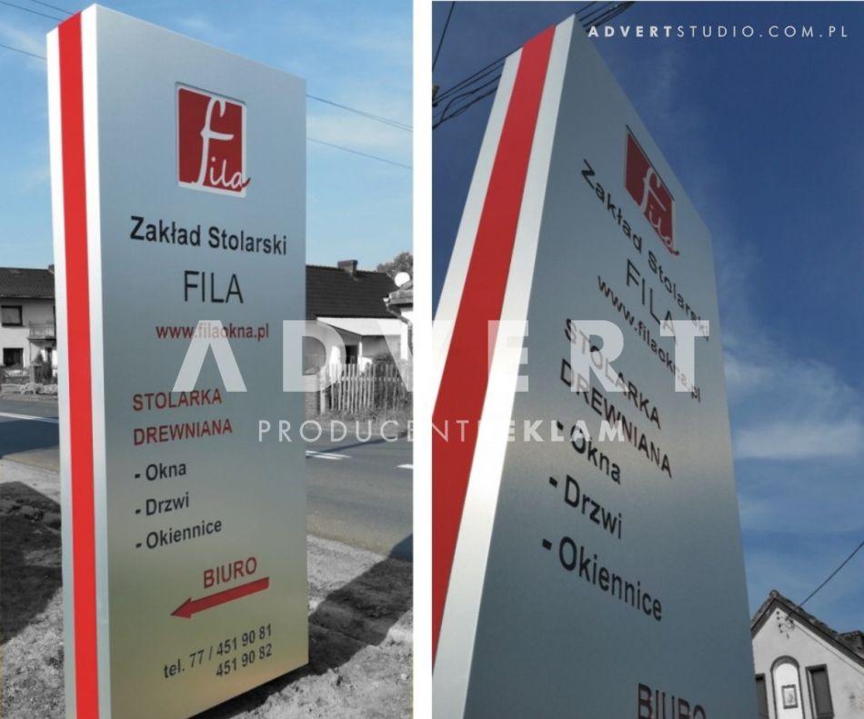 pylon przed siedzibe firmy pylon podswietlany -producent reklam pylonow advert opole