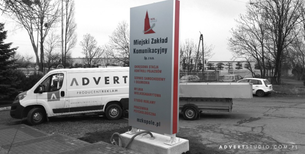 pylon wjazdowy MZK - ADVERT PRODUCENT PYLONOW