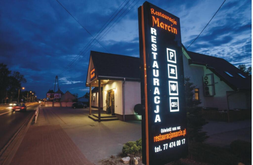 Totem -Restauracja Marcin - Advert Reklama