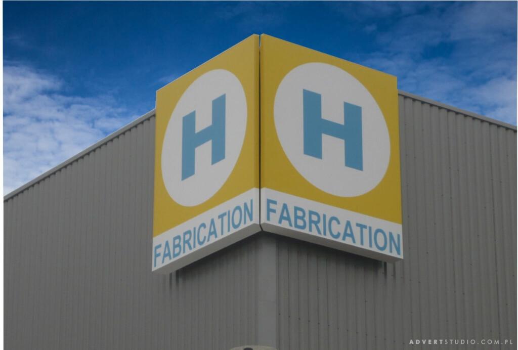 oznakowanie hali Hereema Fabrication-Advert Opole