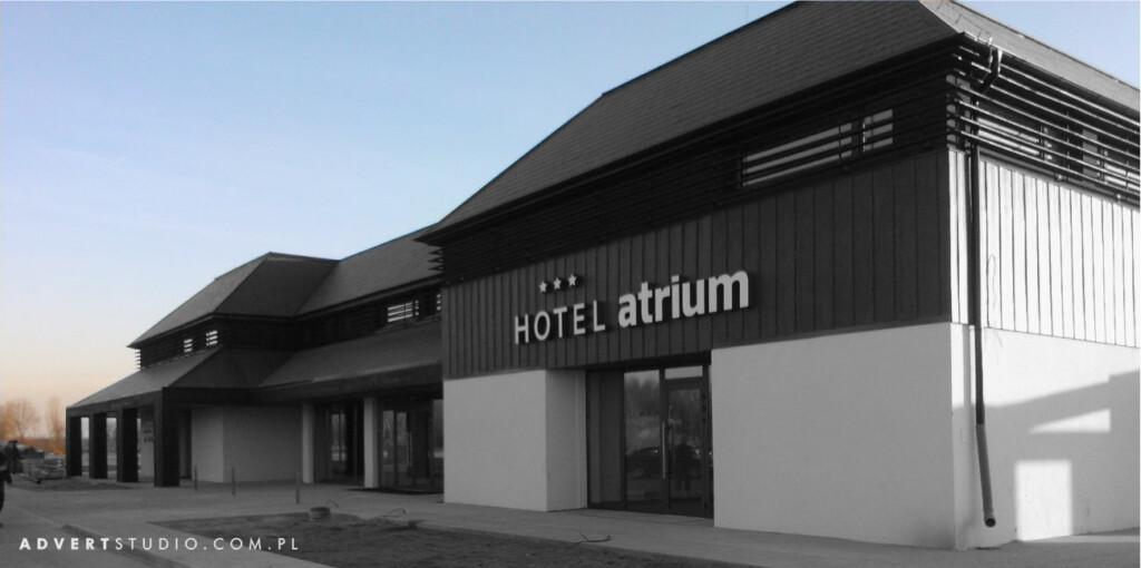 Oznakowanie hotelu Atrium w Skarbimierzu-Advert Reklama OPole