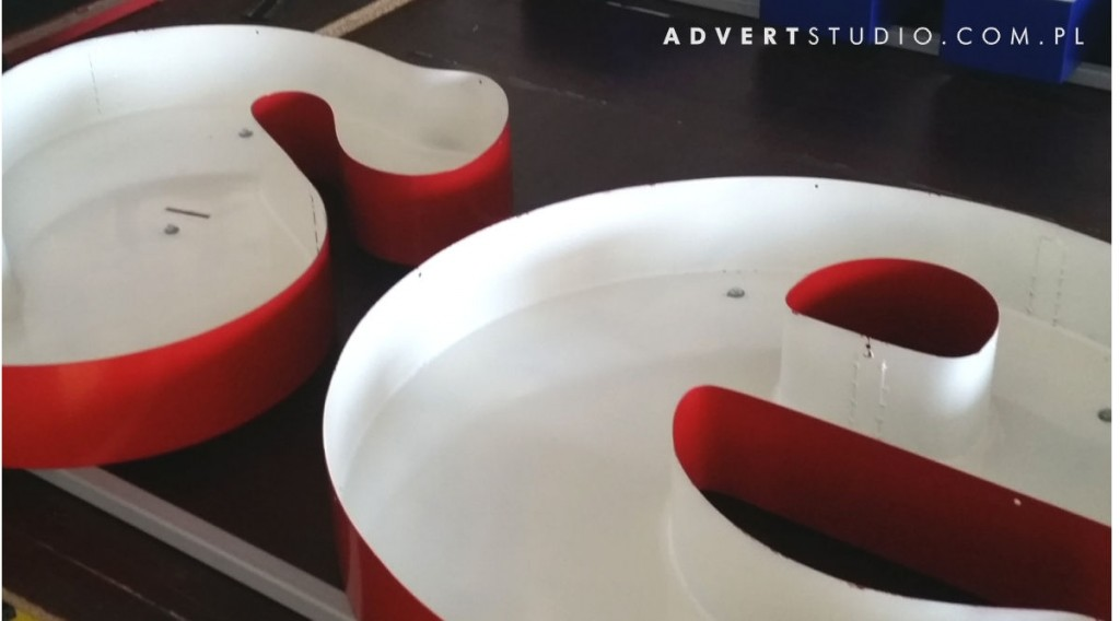 litery aluminiowe - advert producent reklam swietlnych -opole wroclaw