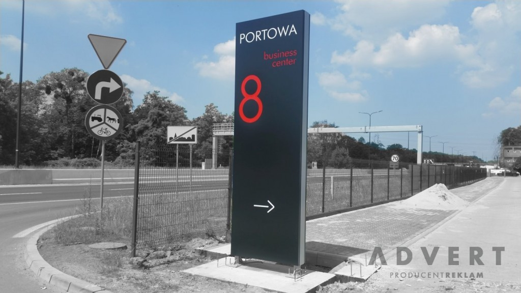 Pylon Portowa8 -Gliwice - producent reklam i pylonow advert