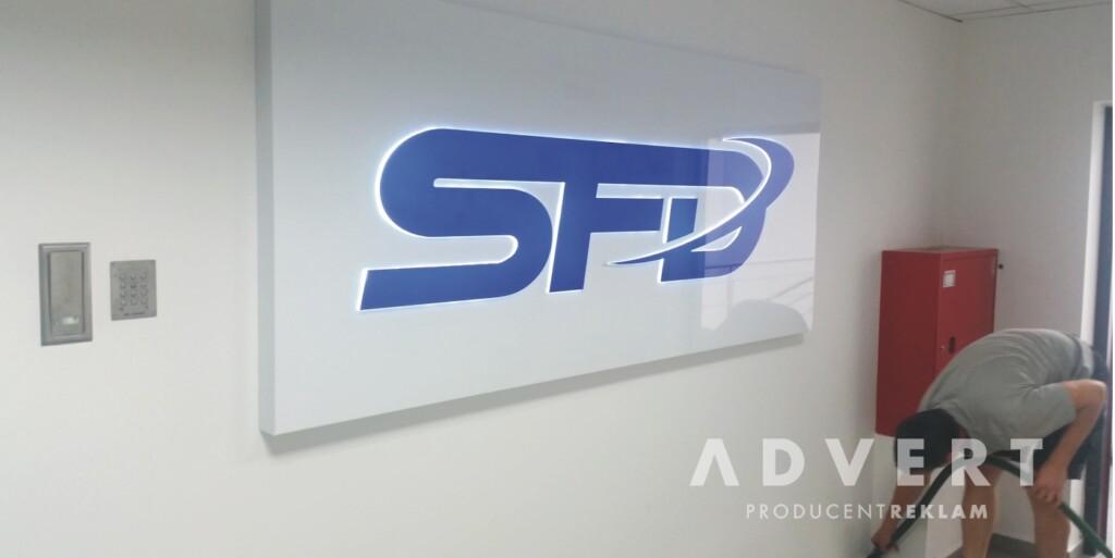 TABLICA Z LOGO FSD -oznakowanie biura - advert producent reklam