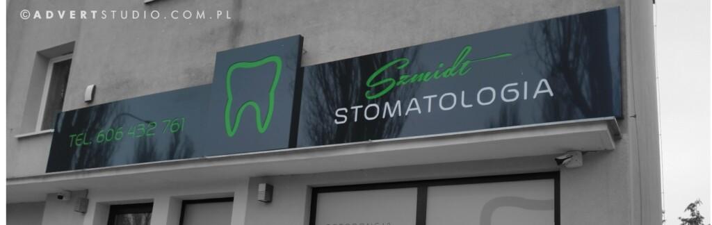 oznakowanie reklama wizualna stomatologii Szmidt -