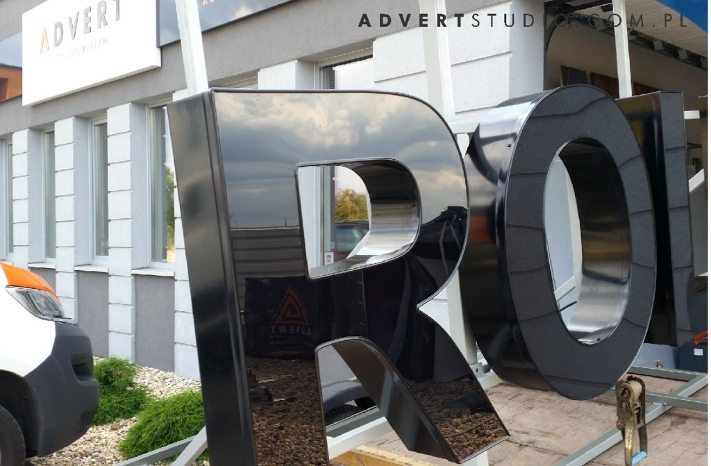 litery przestrzenne na budynek -podswietlane LED - producent liter advert opole