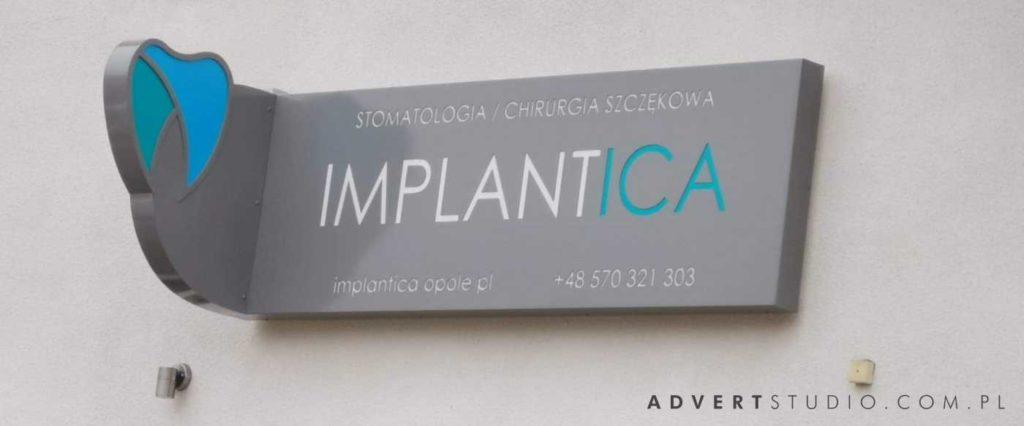 szyld implantica