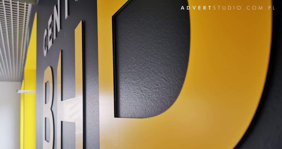 litery aluminiowe dibond w żółtym kolorze