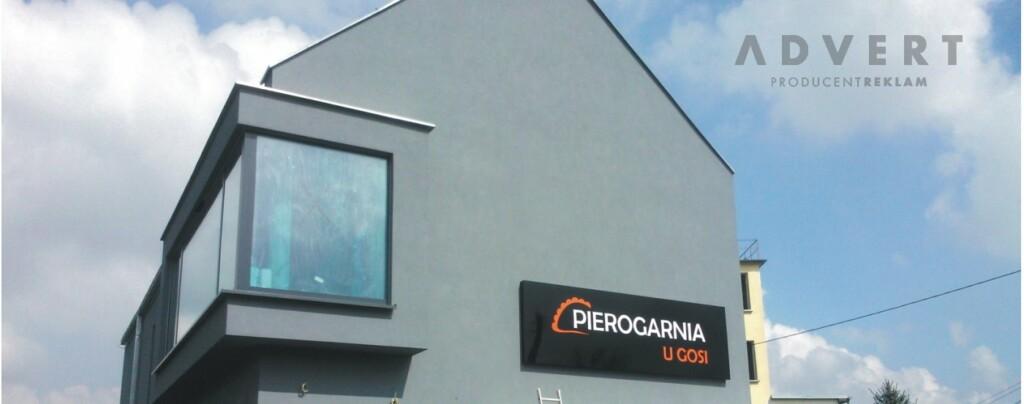 oznakowanie budynku pierogarnii U gOsi - Opolskie -producent reklam advert
