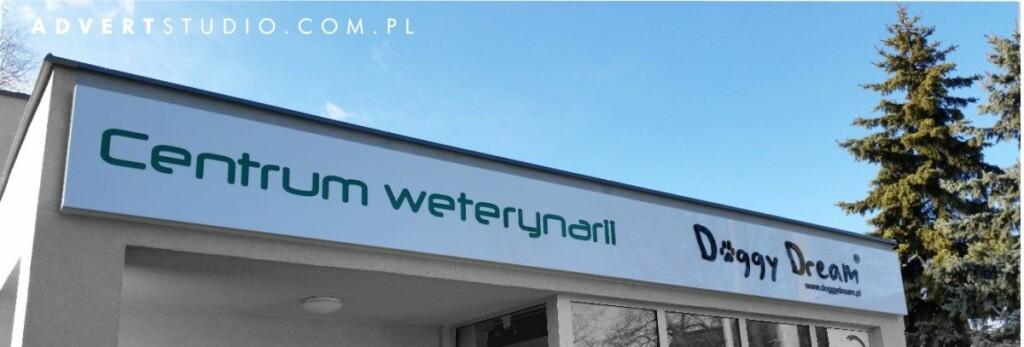 OZNAKOWANIE budynku centrum weterynarii w Opolu Doggy Dream- advert reklama