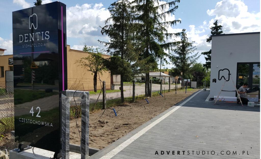 pylon reklamowy advert prpoducent reklam
