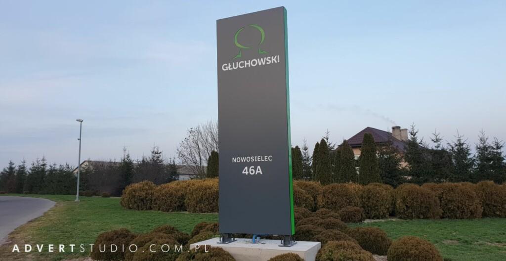 pylon reklamowy Gluchowski